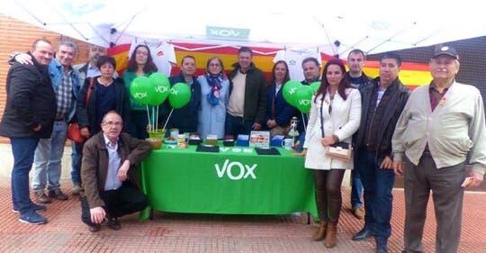 Vox exige al Ayuntamiento de Alcalá de Henares que condene el «asalto» LGTBI a la catedral