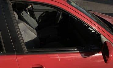 Huyen en bici tras robar en el interior de un coche en Alcalá de Henares