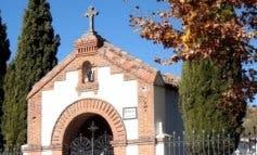 Roban más de 60 crucifijos en el cementerio de Cabanillas del Campo