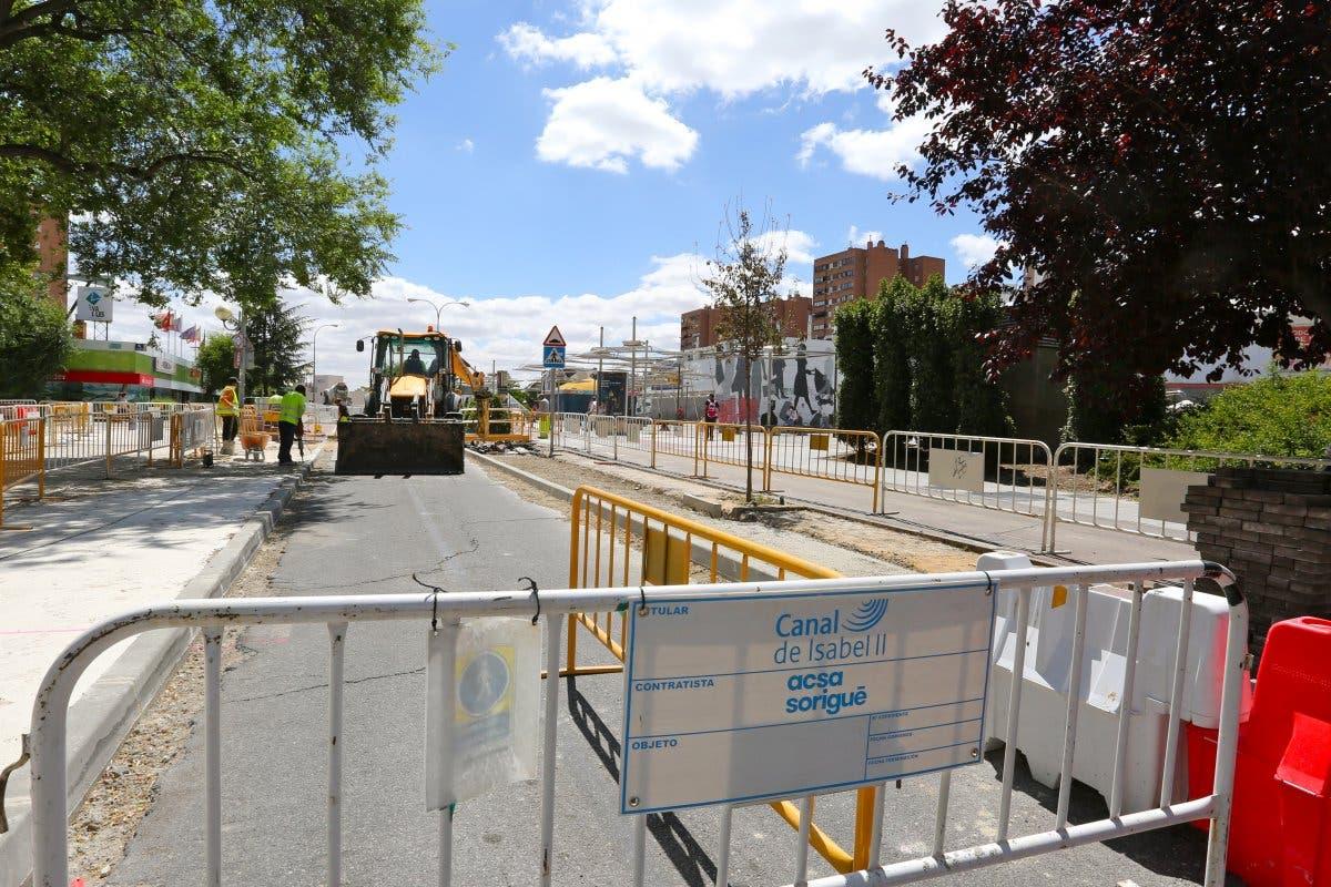Cortes en la calle Colombia de Coslada por obras del Canal