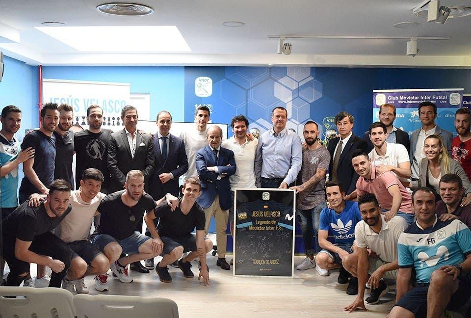 Emotiva despedida en Torrejón: Velasco deja el Movistar Inter tras siete temporadas