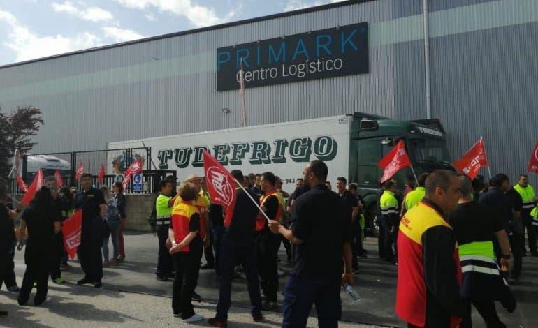 Desconvocan la huelga indefinida en el almacén de Primark en Guadalajara