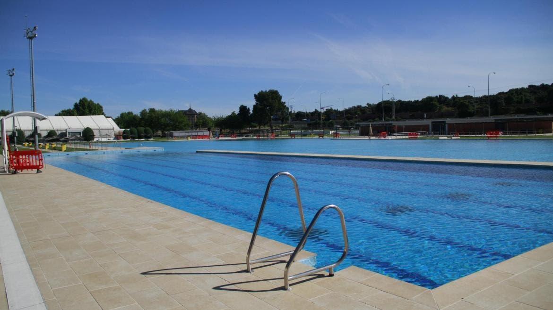 Las piscinas de la Comunidad de Madrid aumentan un 468% sus usuarios durante la ola de calor