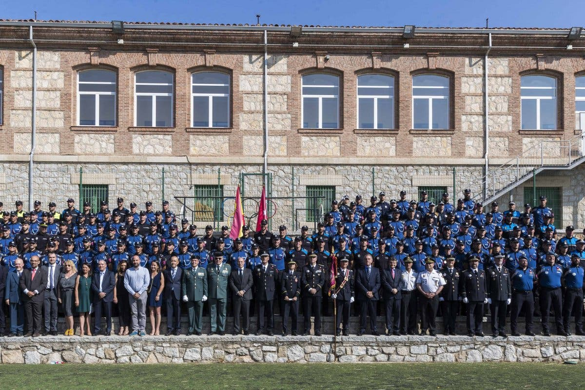Alcalá de Henares y San Fernando incorporan nuevos policías locales