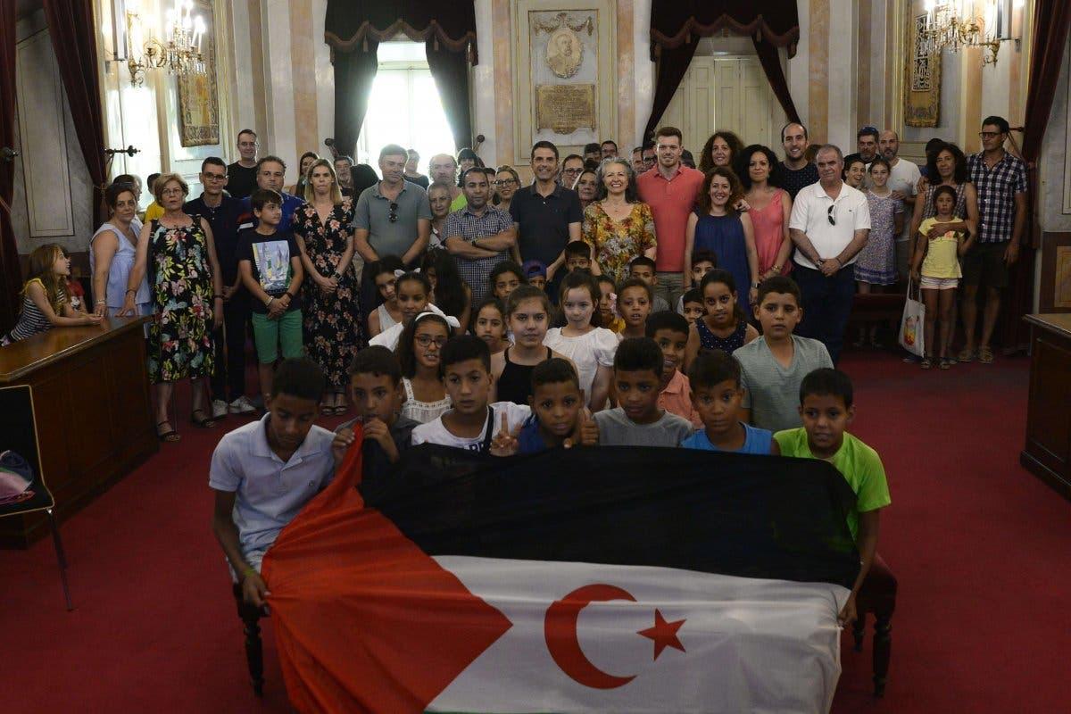 Alcalá de Henares acoge a 24 niños saharauis durante el verano