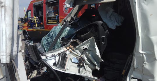 Dos heridos graves en un accidente en Cabanillas del Campo
