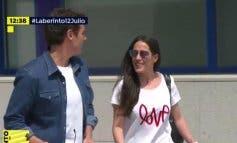 Rivera y Malú confirman su relación a la salida del hospital