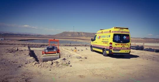 Herido grave un trabajador en Loeches tras ser atropellado por una apisonadora
