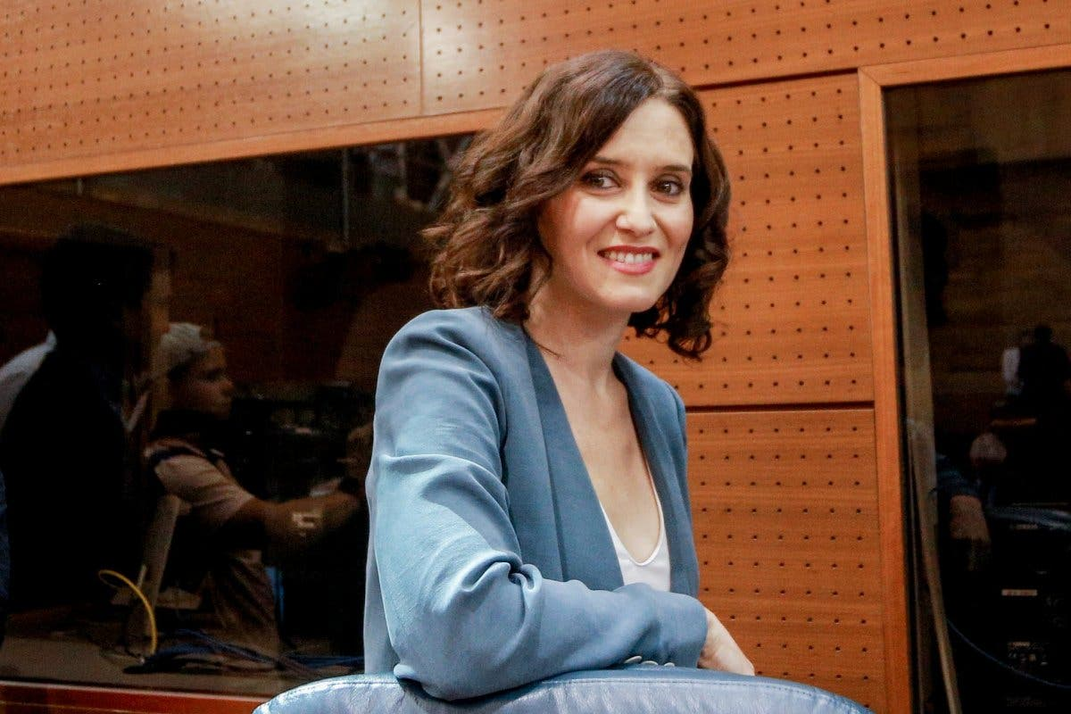 Díaz Ayuso es investida presidenta de la Comunidad de Madrid