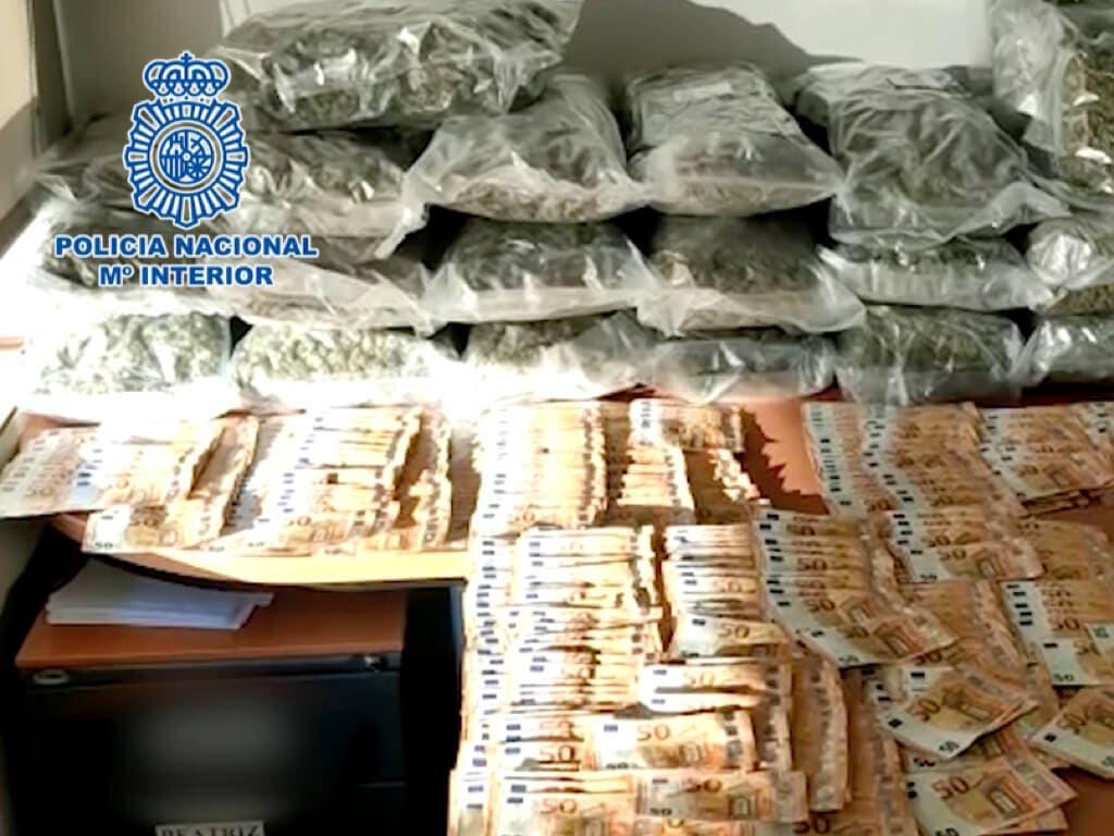 Frustrado un pase de 24 kilos de marihuana en Alcalá de Henares