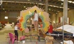 Vallas y más gradas en el desfile de las Fiestas de Azuqueca