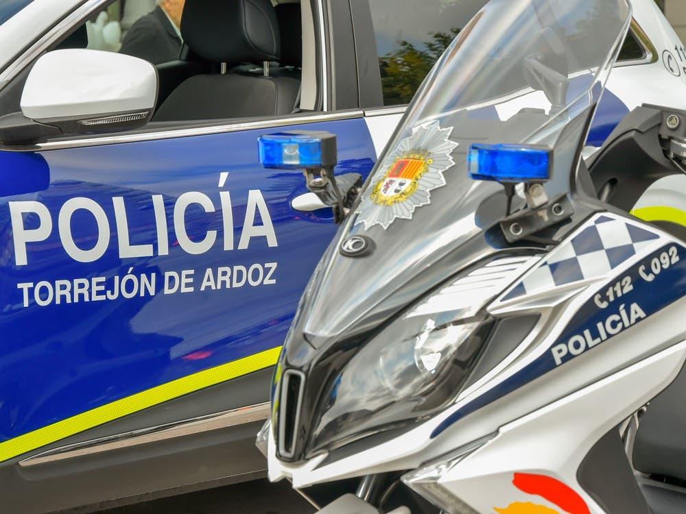 Dos jóvenes destrozan un bar en Torrejón de Ardoz tras prohibirles fumar