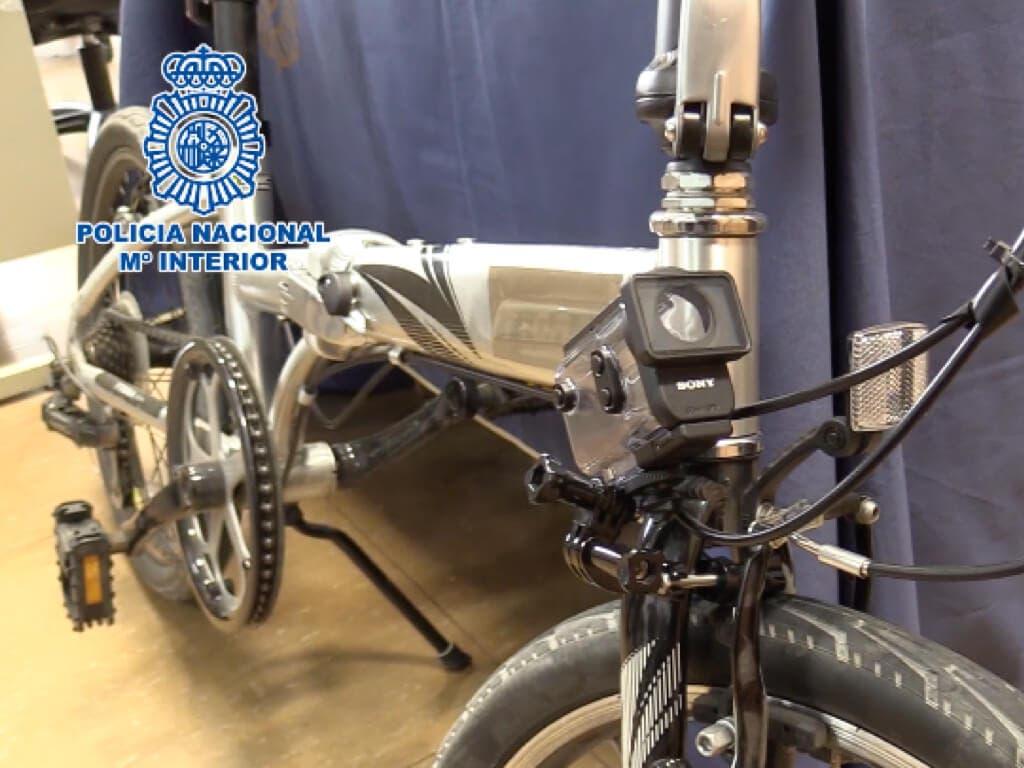 Detenido por grabar a mujeres en El Retiro desde una bicicleta