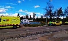 Herido grave en Eurovillas al precipitarse desde el techo de una furgoneta