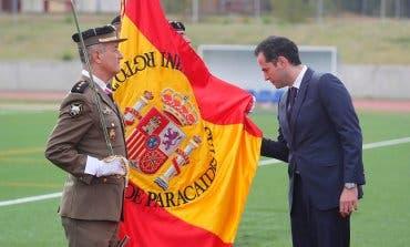 Aguado jura bandera en Paracuellos deJarama