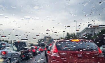 La lluvia complicará este miércoles la entrada a Madrid en hora punta