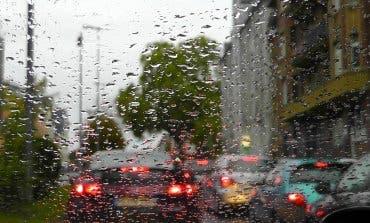 Se esperan grandes atascos este lunes en Madrid por previsión de lluvia