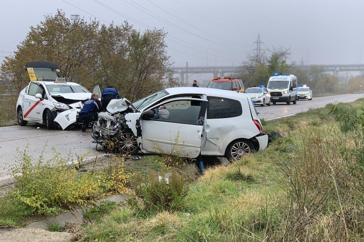 Cuatro heridos en un accidente de tráfico en la Carretera de Vicálvaro