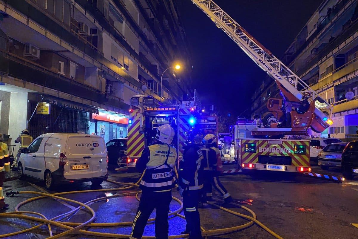 Un incendio provocado por un brasero deja 32 heridos en Leganés