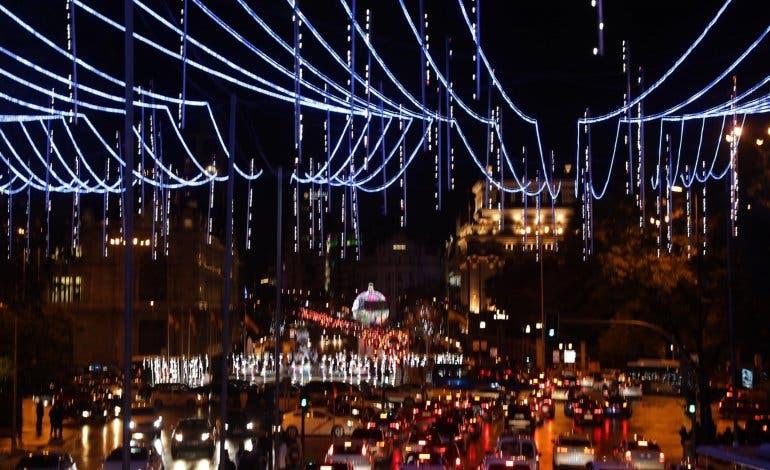 La Navidad ya ilumina las calles de Madrid