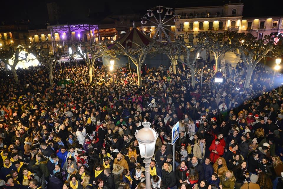 Las peñas de Alcalá de Henares despidieron el año un día antes