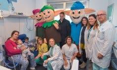 Los Guachis visitaron a los niños ingresados en el Hospital de Torrejón
