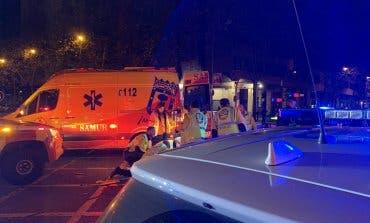 Un conductor se fuga tras dejar crítico a un motorista en Madrid