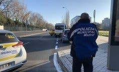 Herido grave un motorista tras sufrir un accidente en Usera