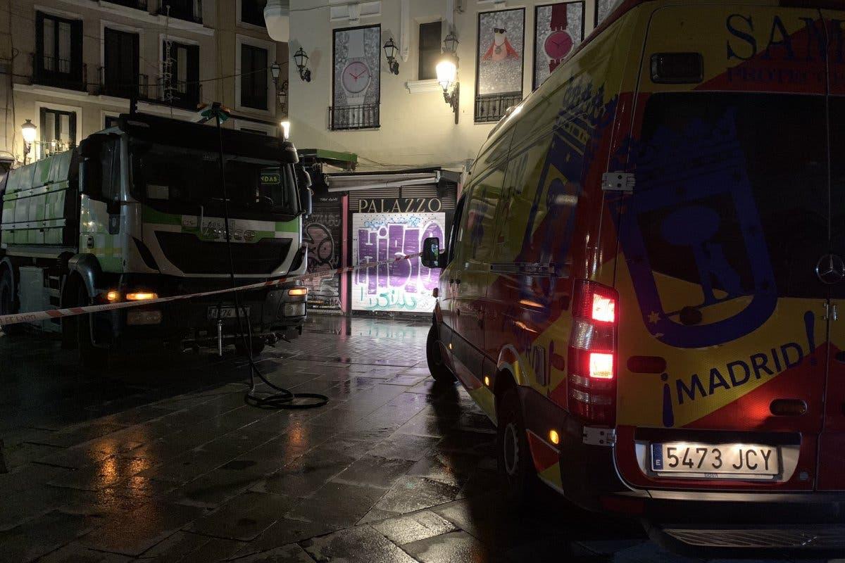 Muere un hombre atropellado por un camión de limpieza en Madrid