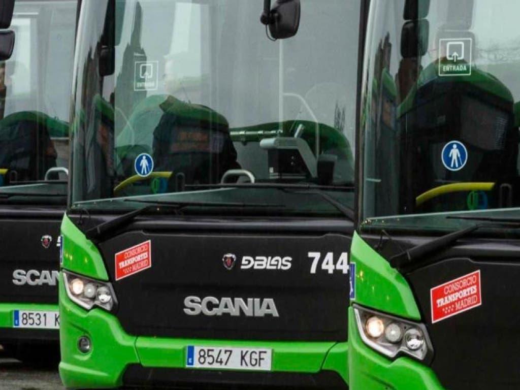 Mujeres y menores podrán bajarse de los autobuses nocturnos interurbanos de Madrid donde quieran