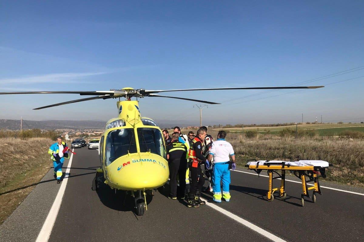 Un motorista sufre la amputación de una pierna en un accidente en la M-522