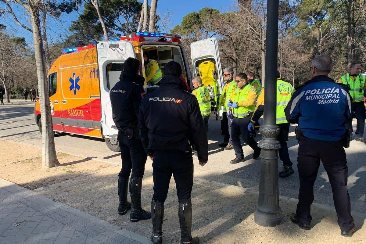Herido grave un ciclista tras sufrir una caída en El Retiro