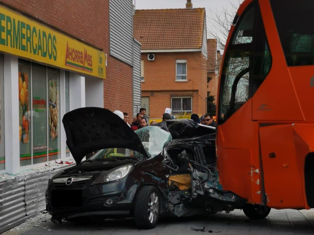 La empresa del bus escolar siniestrado en Azuqueca apunta a un fallo humano