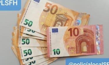 Devuelve una cartera con casi 500 euros en San Fernando de Henares