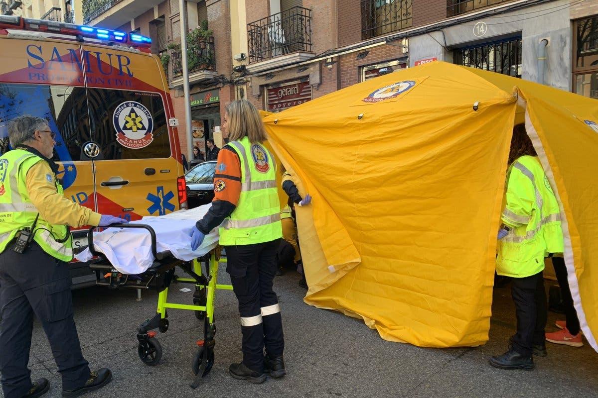 Herida grave una mujer tras ser atropellada en Madrid por una moto