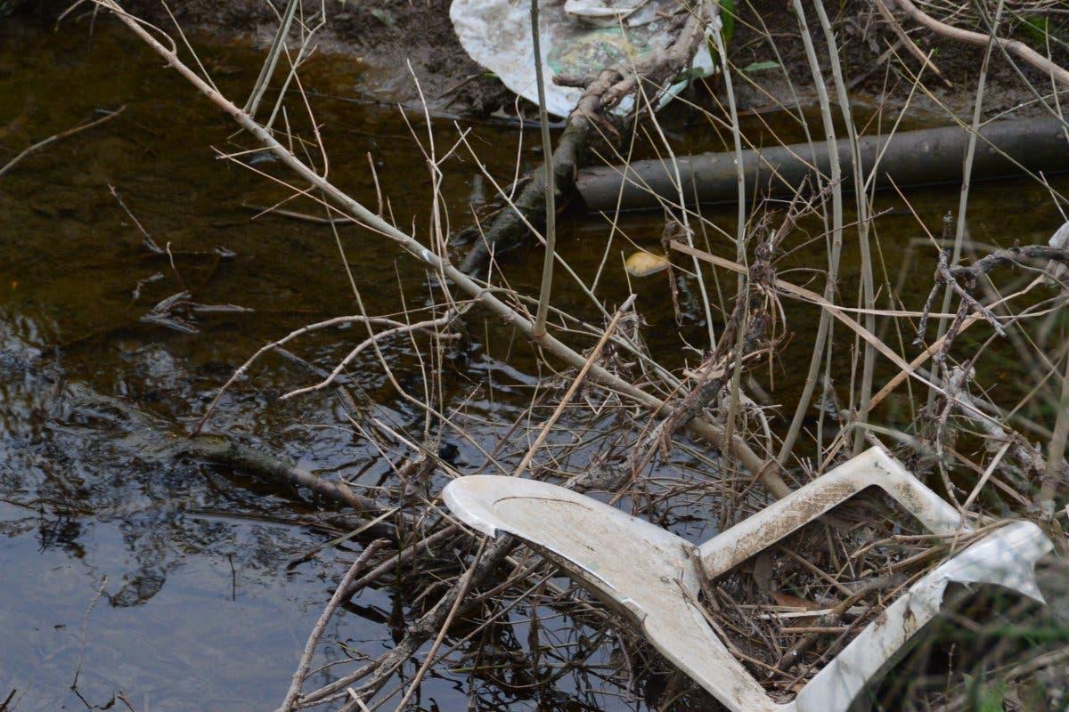 El lamentable estado de dos entornos naturales de Alcalá de Henares