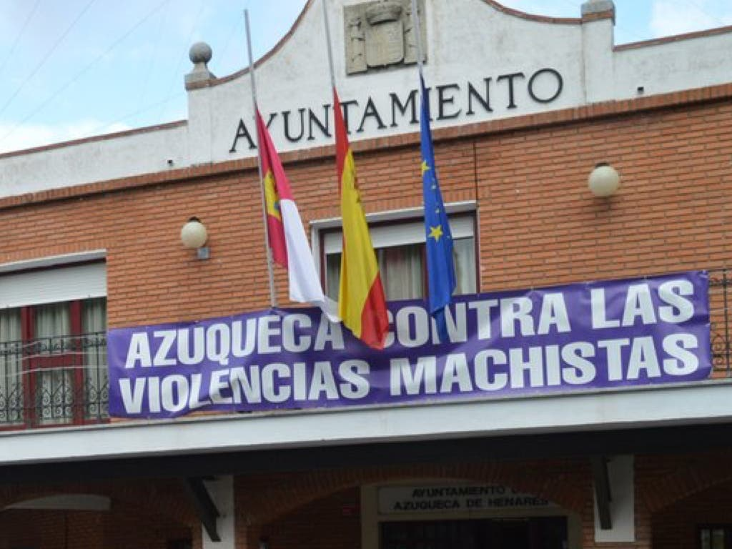 Juzgan al hombre que degolló a su mujer en Azuqueca de Henares en 2017