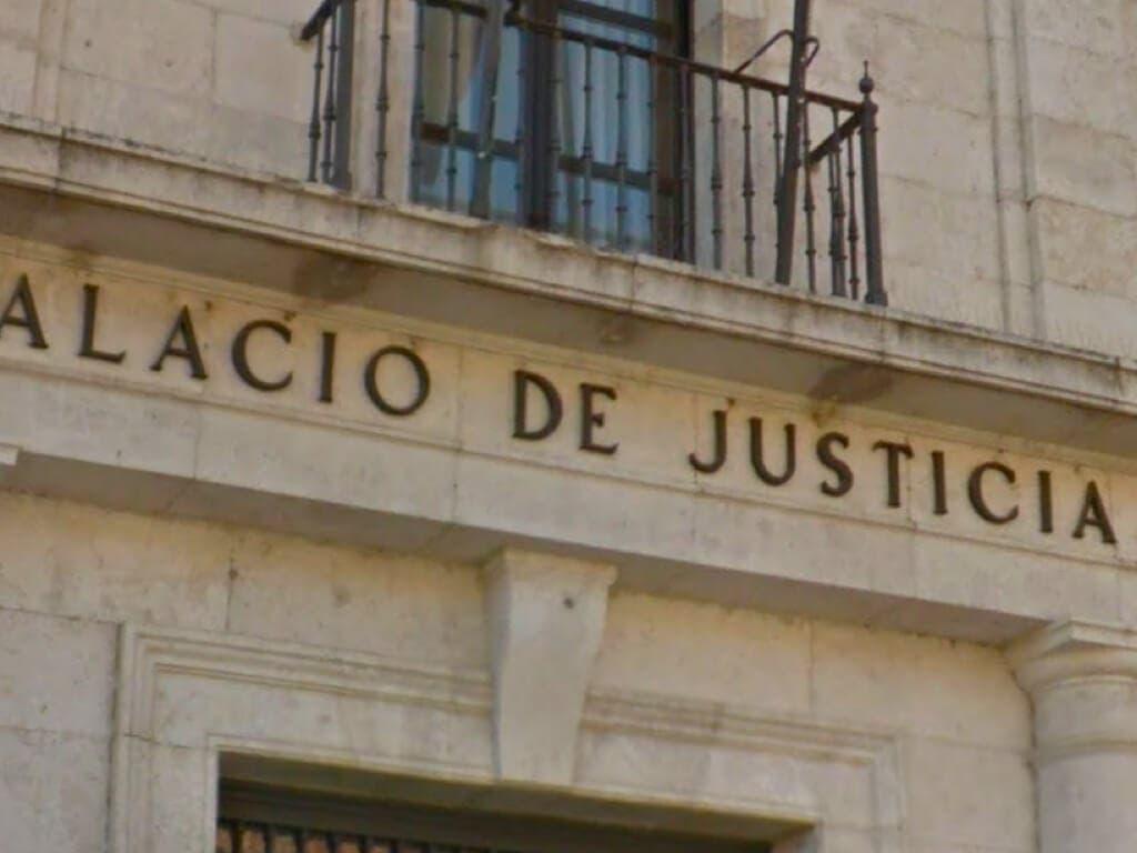 Dos rumanos residentes en Coslada aceptan dos años de cárcel por robo