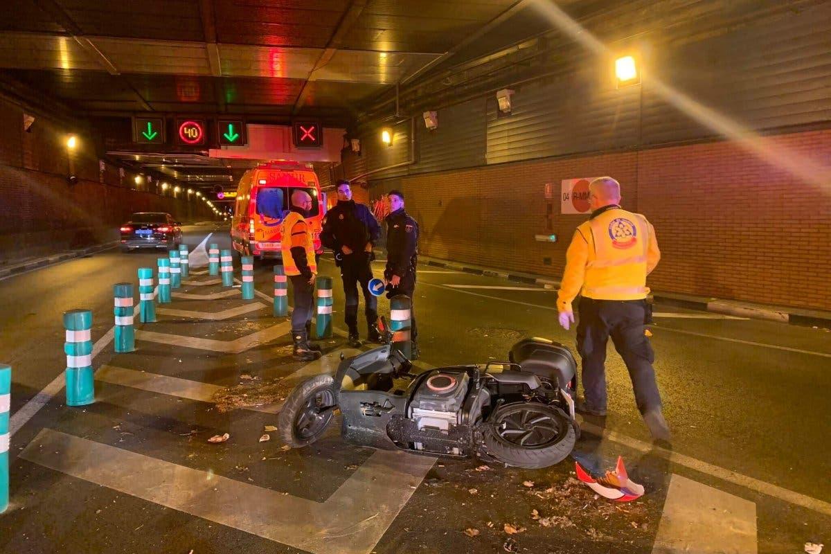Herido grave un motorista de 34 años en el túnel de María de Molina
