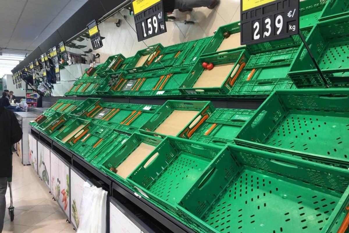 Supermercados arrasados en Madrid tras el anuncio del cierre de colegios por el coronavirus