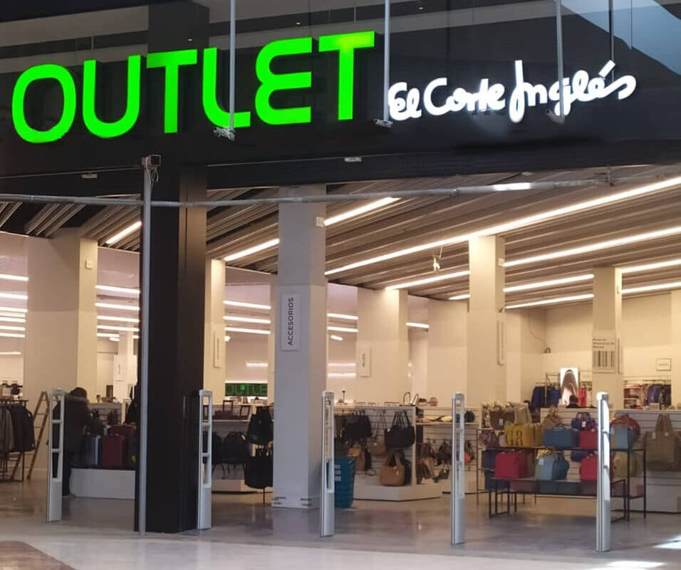 El Corte Inglés inaugura un nuevo outlet en Torrejón de Ardoz
