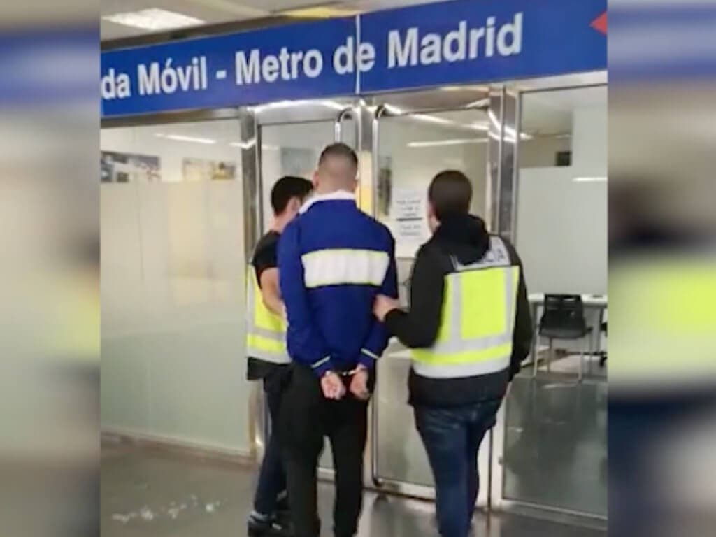 Piden prisión para el grafitero que acuchilló a un vigilante de Metro