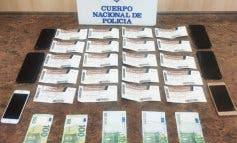Detenidos en Madrid tras ofrecer a policías de paisano entradas falsas para el clásico