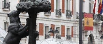 La Comunidad de Madrid declara luto oficial tras alcanzar los 3.082 fallecidos por coronavirus