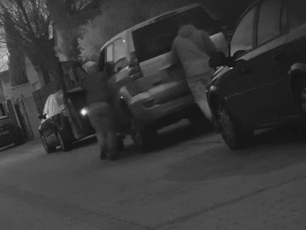 Cae una banda de ladrones de coches con escondites en Velilla y Loeches