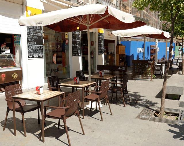 «Sorpresa e indignación»: los hosteleros rechazan el plan de desescalada de Sánchez