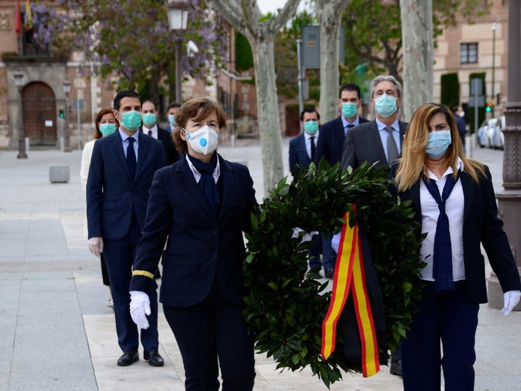 Un 23 de abril atípico en Alcalá de Henares: sin ceremonia y con mascarillas