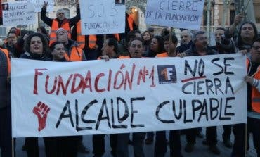 Trabajadores con discapacidad despedidos en Alcalá de Henares estallan contra el alcalde