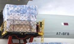 Aterriza en Madrid el primer avión de Ayuso con 58 toneladas de material sanitario