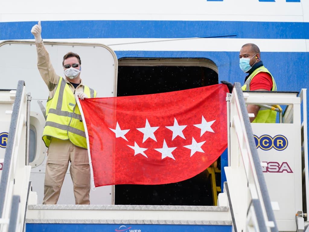 Aterriza en Madrid un cuarto avión de Ayuso con 79 toneladas de material sanitario